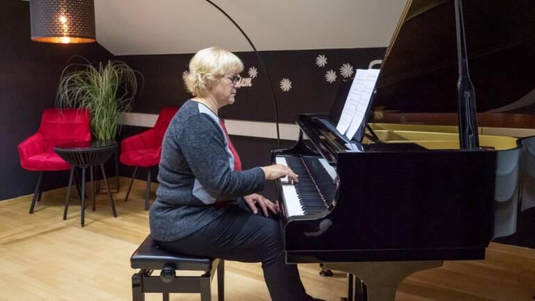 Leta niso omejitev – Glasbena šola EGO Lecta za TRETJE ŽIVLJENJSKO OBDOBJE
